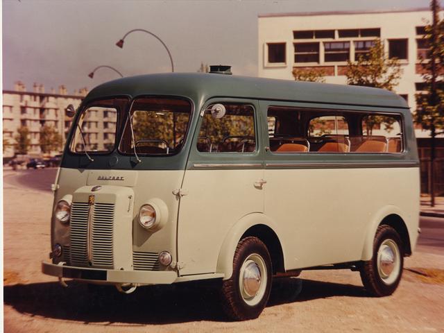 Vehículos comerciales – 1950, furgoneta cerrada con tracción delantera