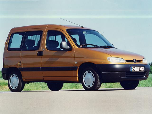 Vehículos comerciales – El Peugeot Partner Combispace hace su aparición en 1996